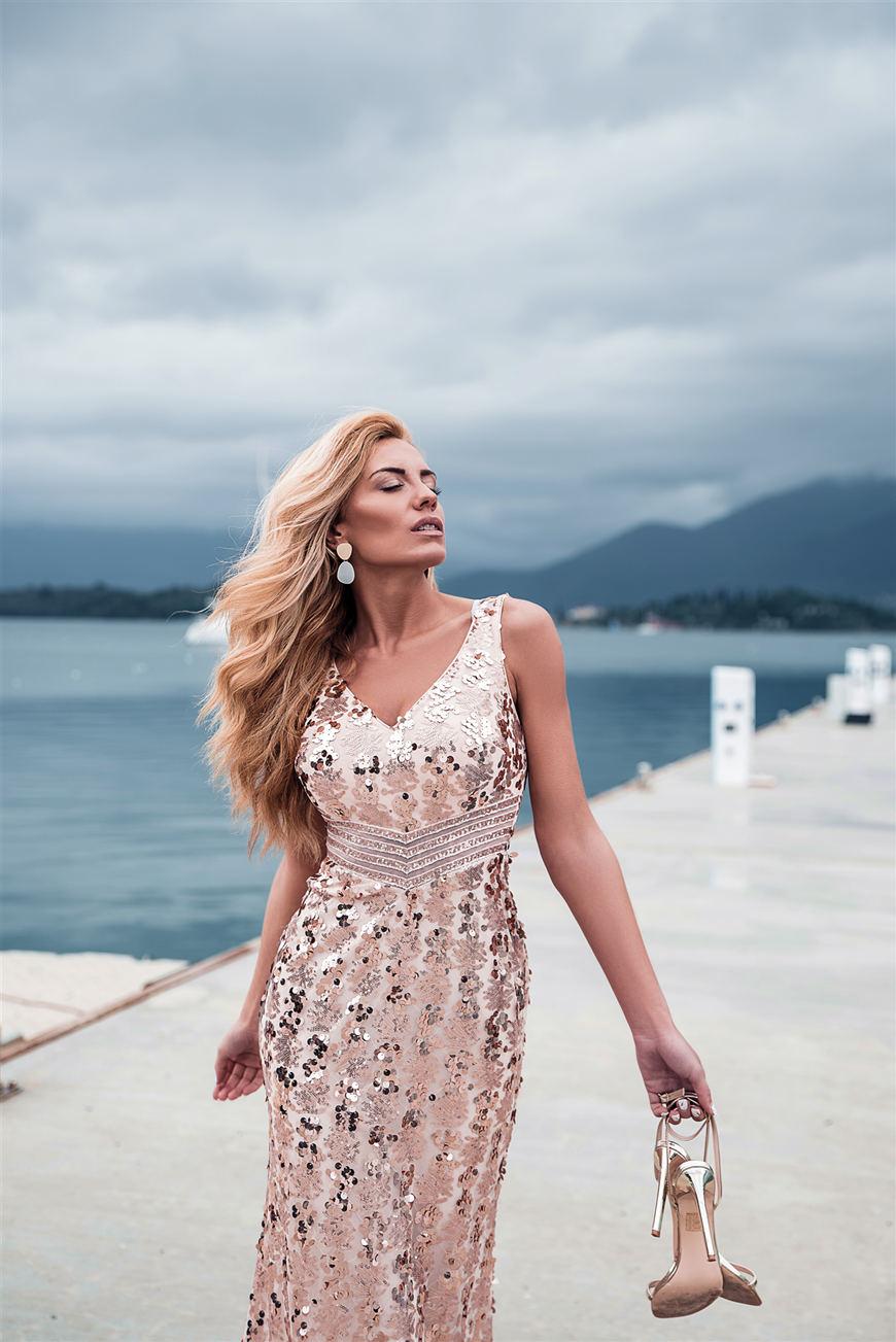 Dragana-wears-a-dress