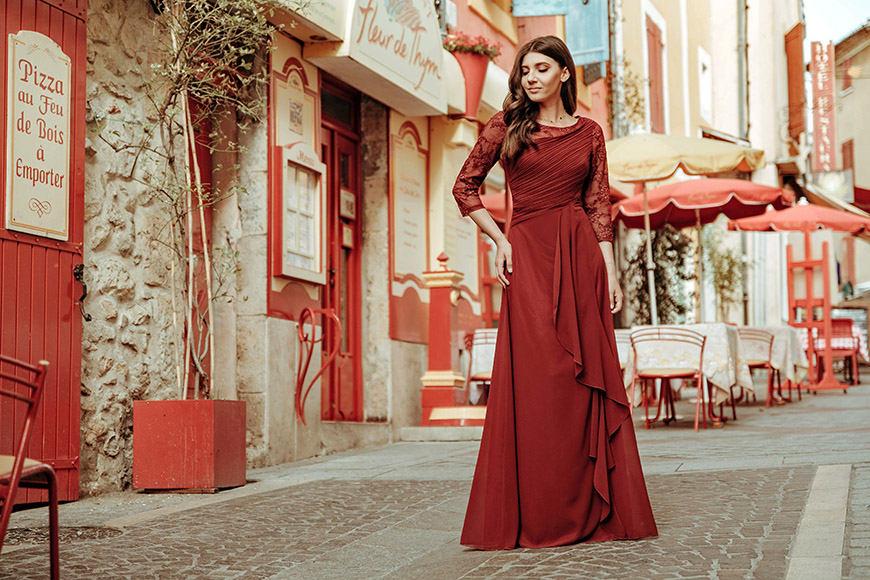 larisa-wears-a-beautiful-dress