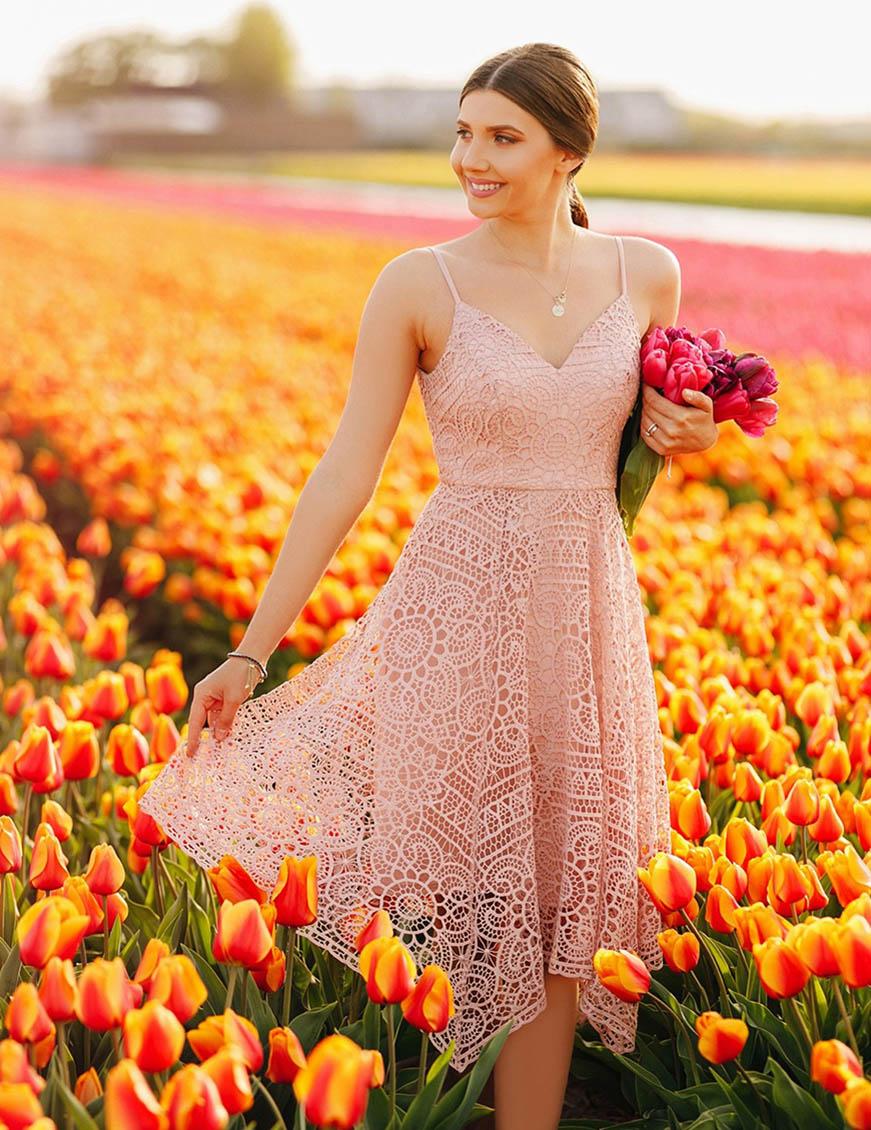 millennial-pink-lace-dress