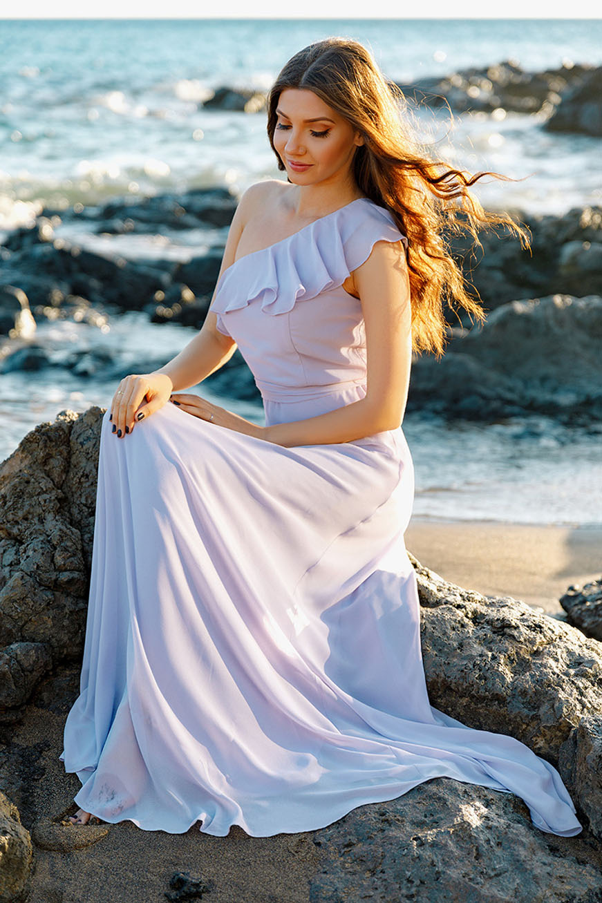 larisa-in-every-pretty-dress