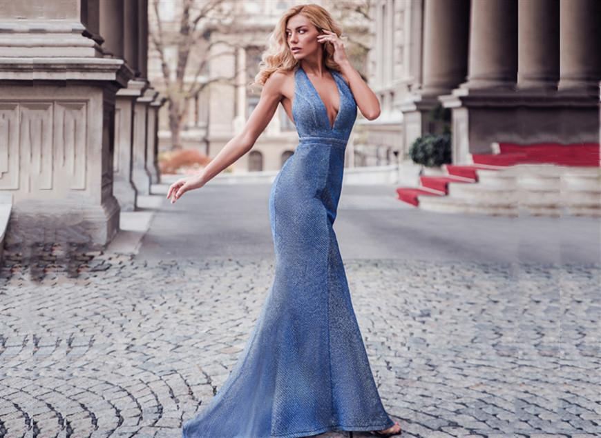 A-Woman-Wears-A-Sexy-V-Neck-Halter-Long-Evening-Dress