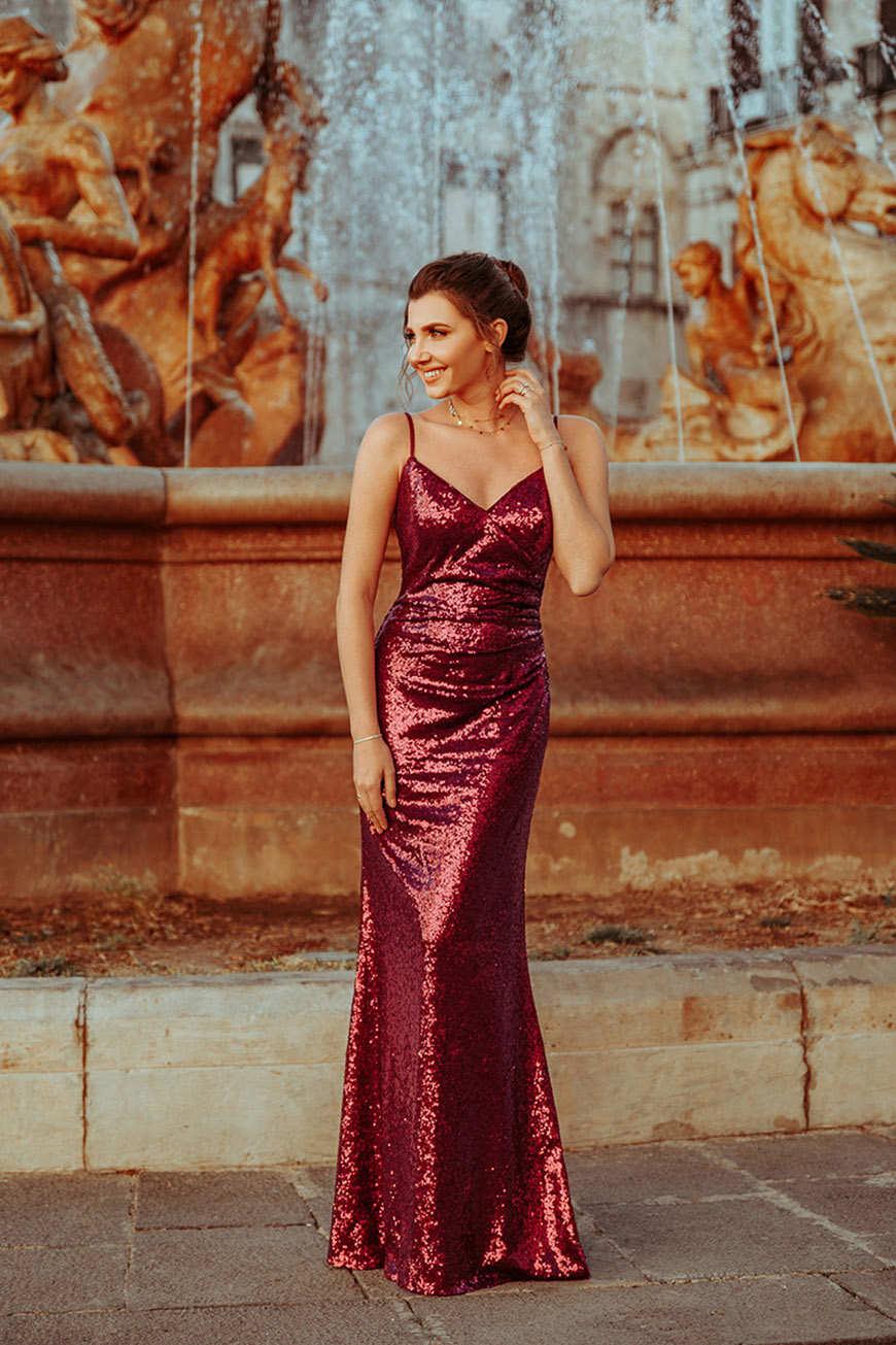 a-woman-wears-a-sequin-dress