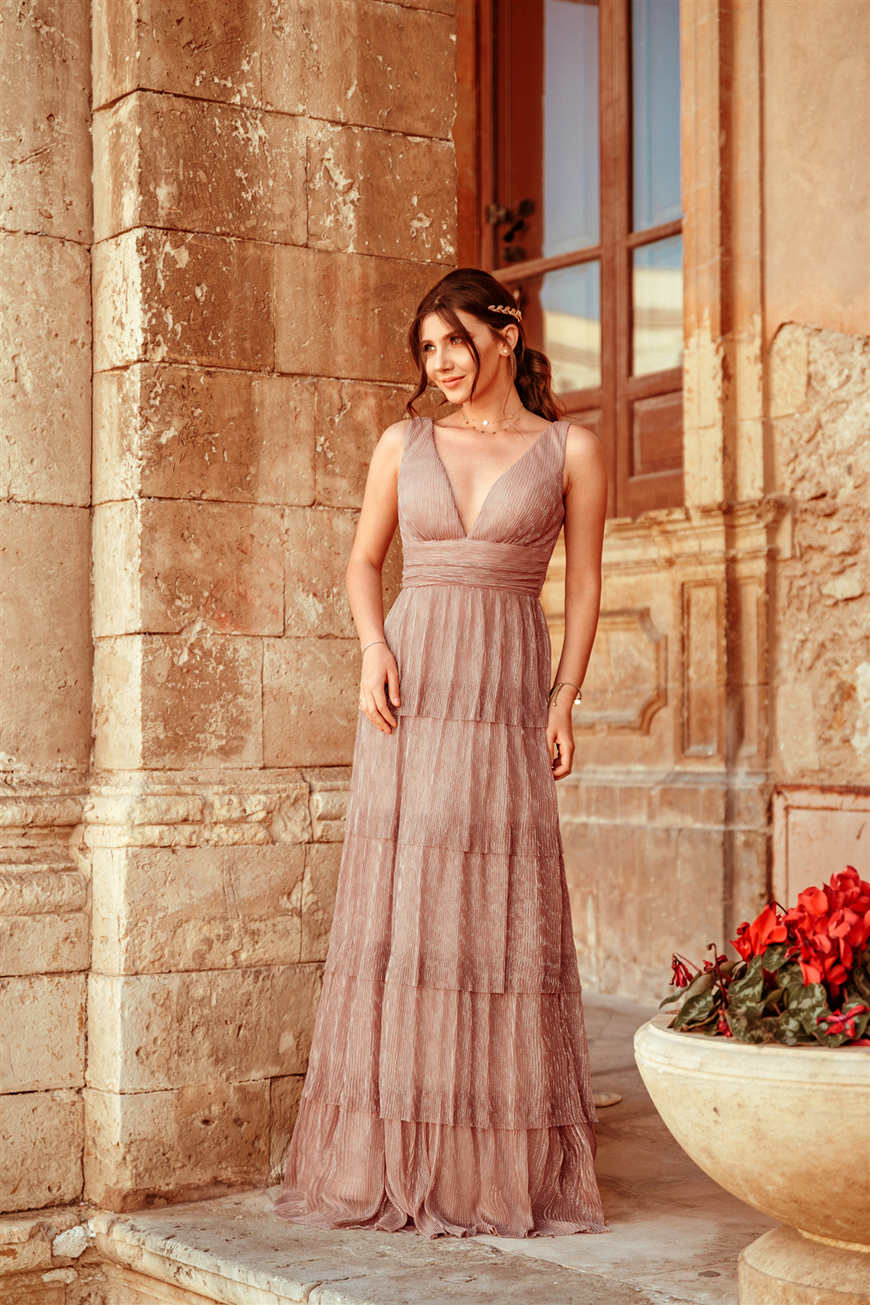 larisa-wears-a-blush-dress