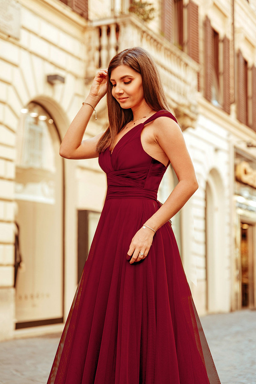 larisa-wears-a-beautiful-burgundy-dress