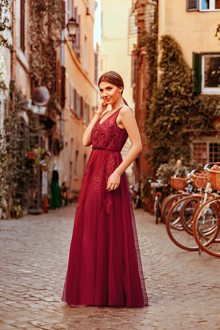 larisa-wears-a-lace-burgundy-dress