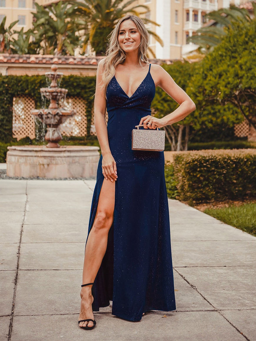 a-V-neckline-evening-dress-with-a-slit