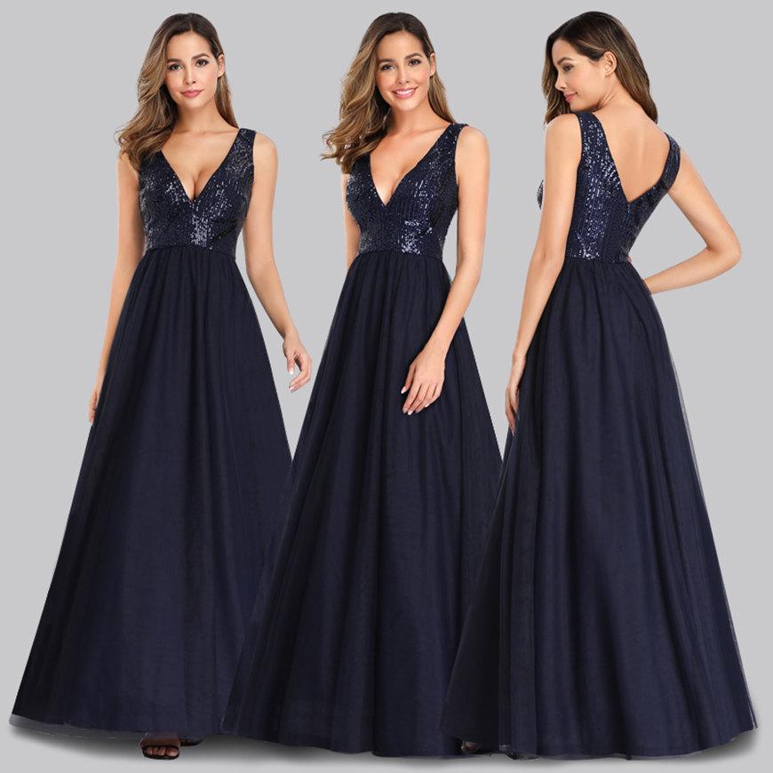 a-navy-blue-dress