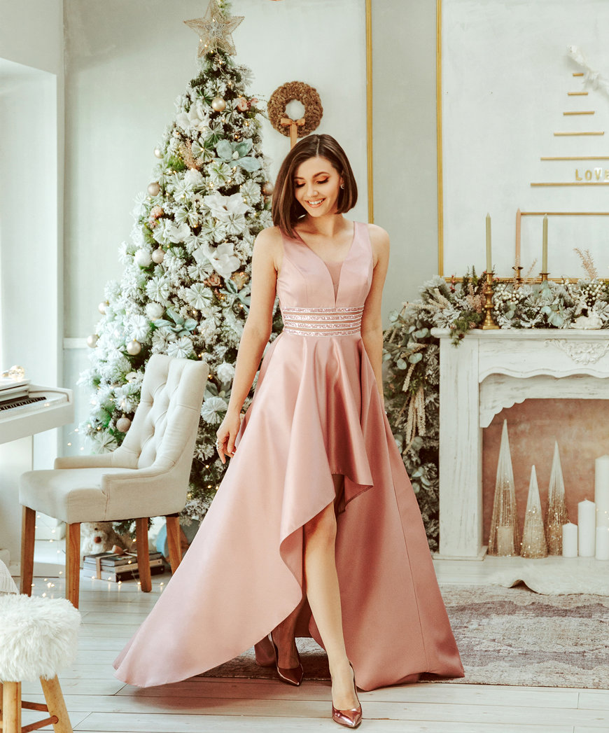 a-romantic-pink-prom-dress