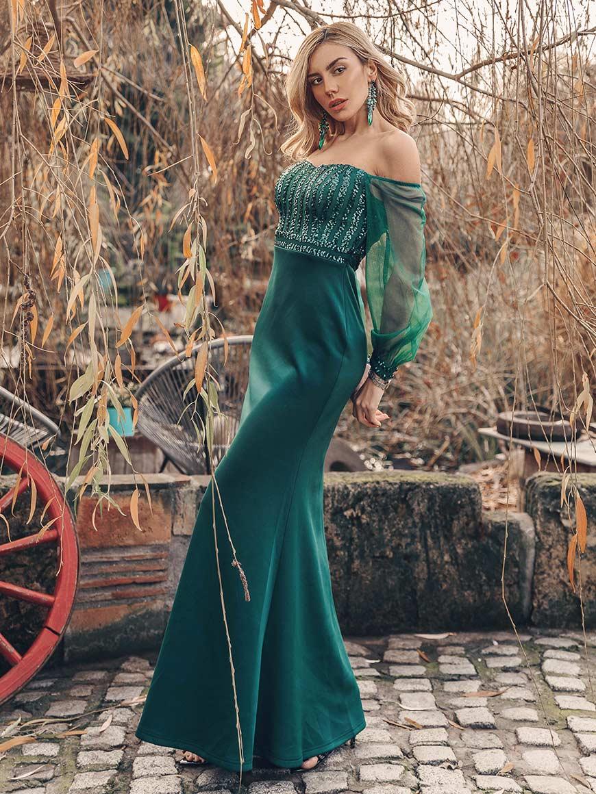 dragana-in-dark-green-dress