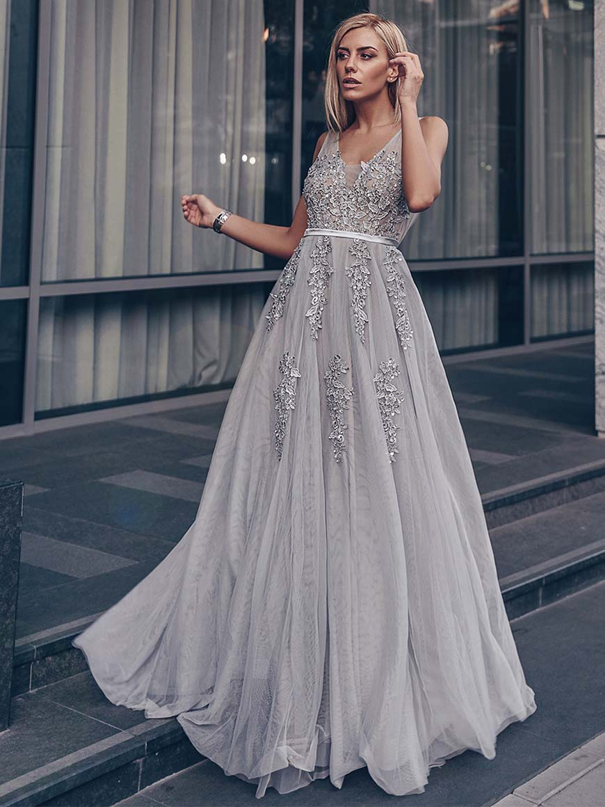dragana-in-grey-tulle-dress