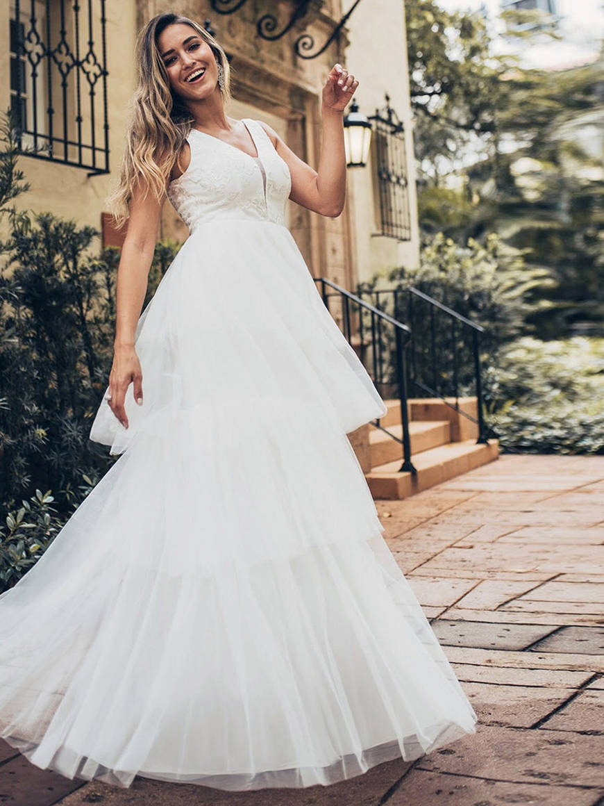 a-ball-gown-style-wedding-dress