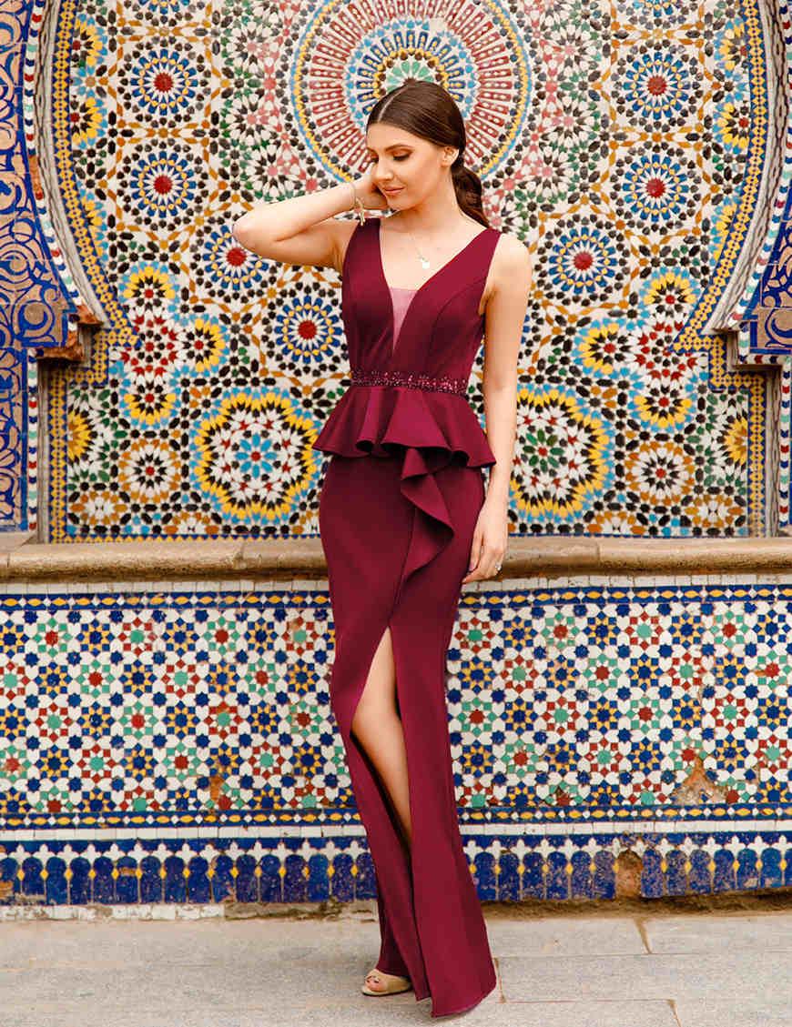 an-elegant-red-prom-dress