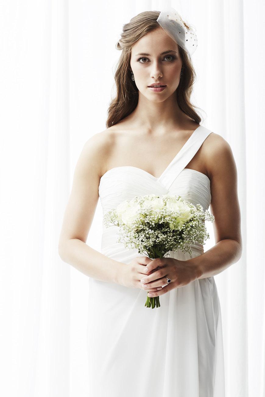 one-shoulder-style-wedding-dress