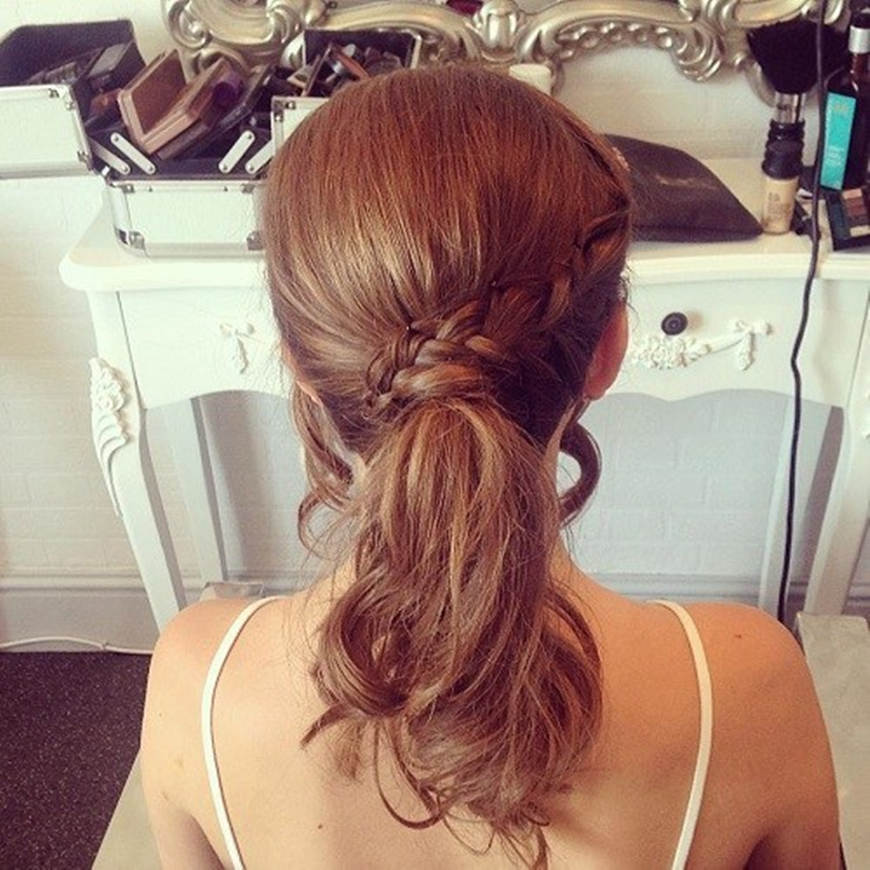 ponytail-with-a-braid-for-medium-hair