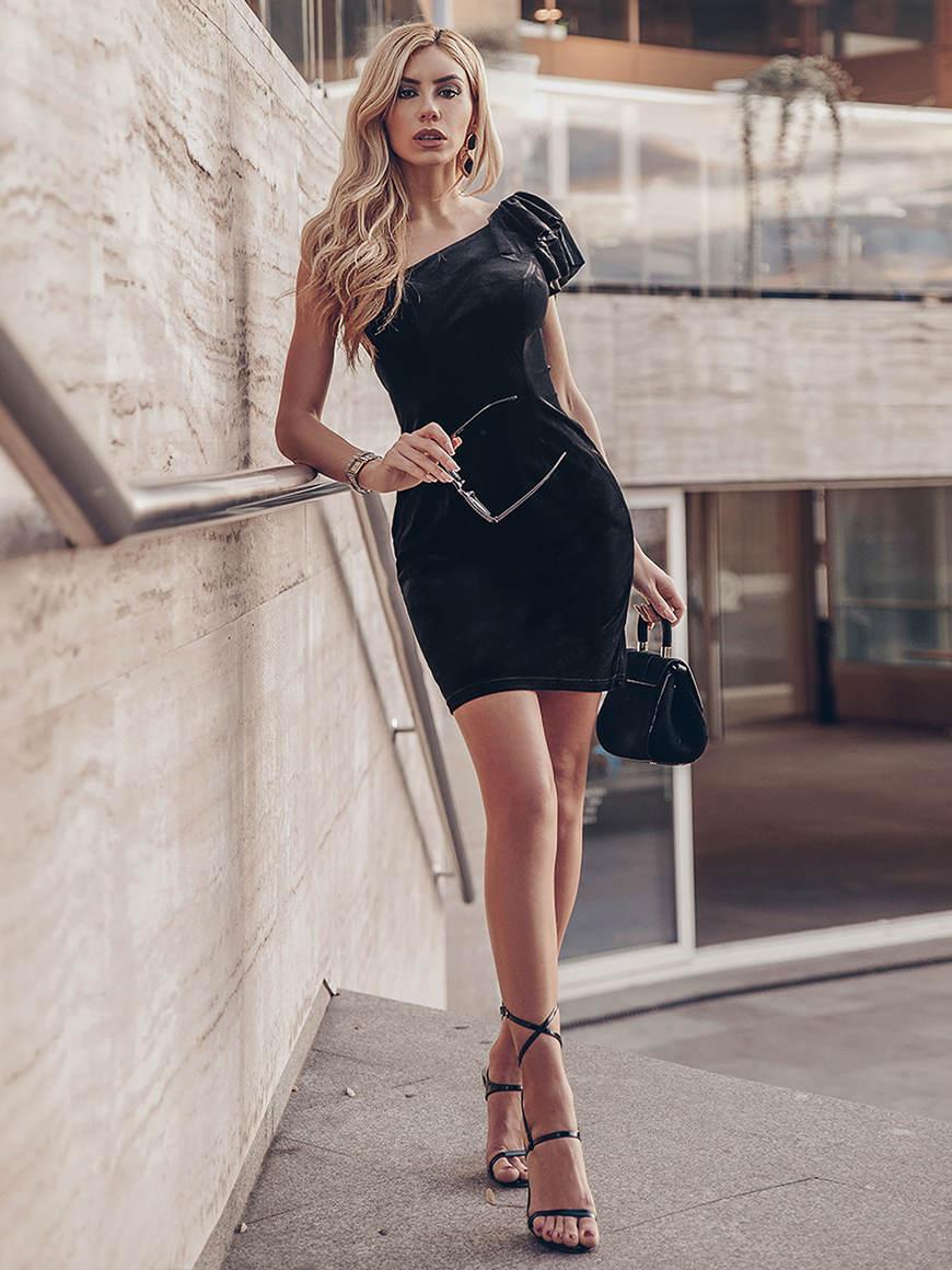 a-strap-black-dress