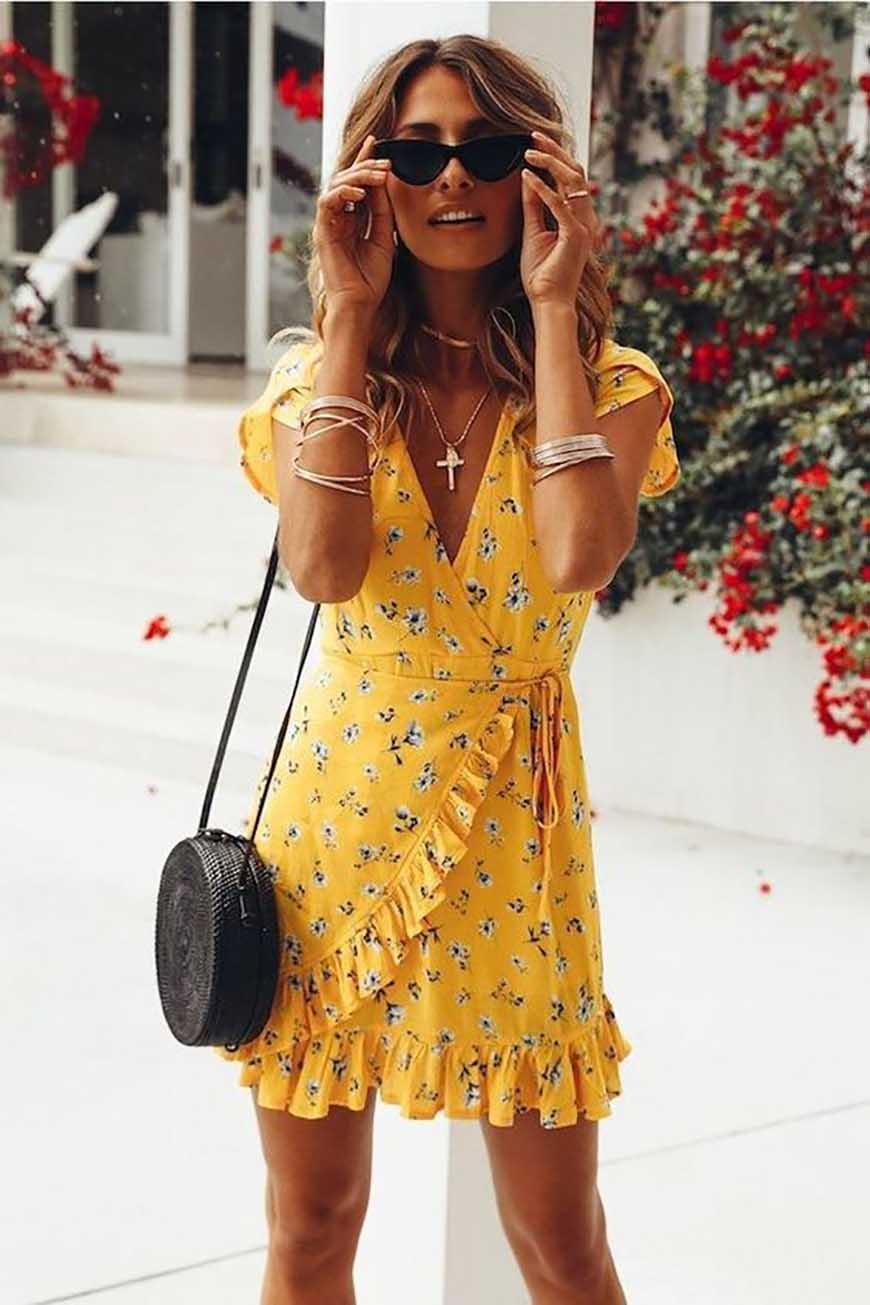 a-yellow-dress