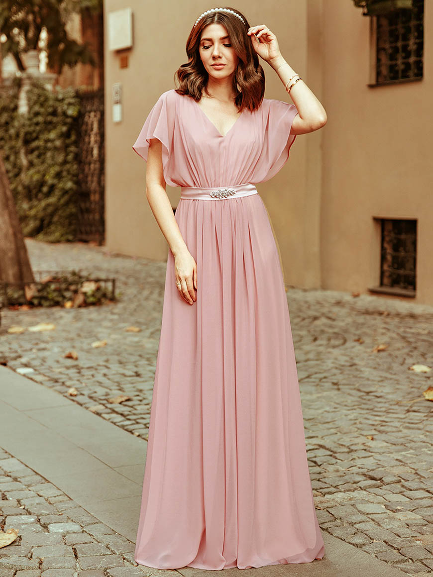 larisa-in-a-pink-dress