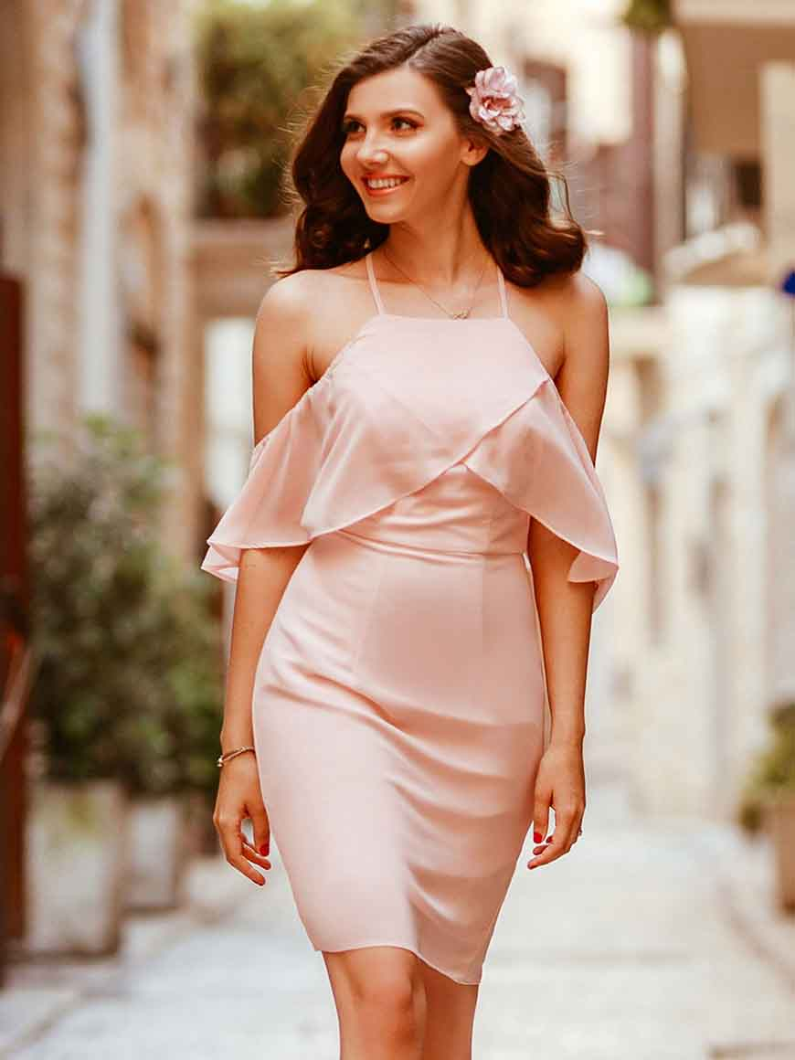 larisa-in-pink-dress