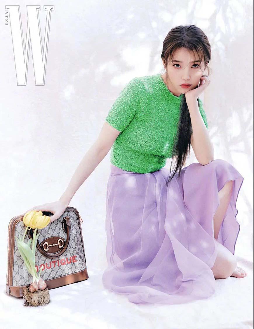 IU-wearing-a-purple-dress