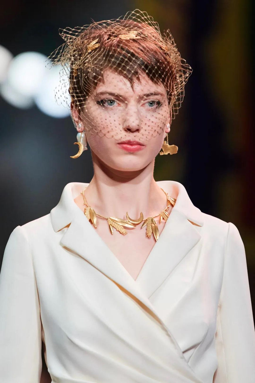 gold-baroque-pearls-earrings