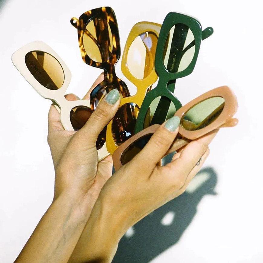 many-chic-sunglasses