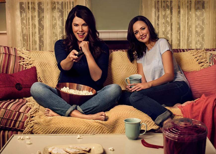 mom-and-daughter-are-watching-tv