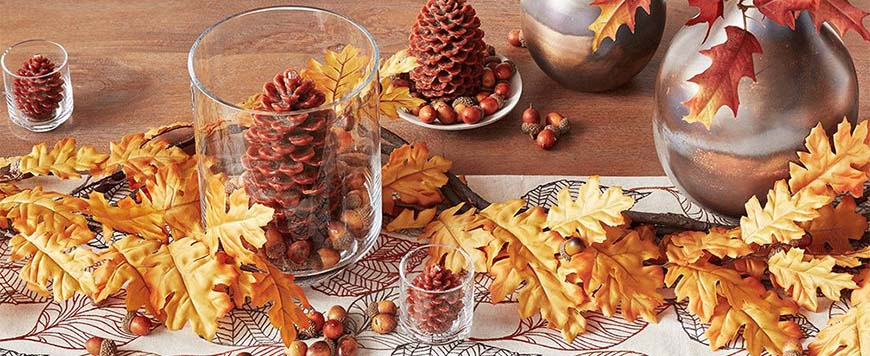 pinecone-and-leaves