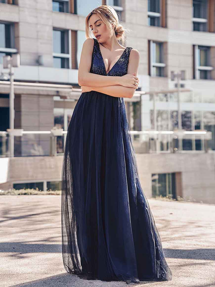 a-blue-bridesmaid-dress