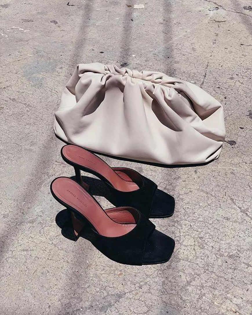 a-gorgeous-greige-bag
