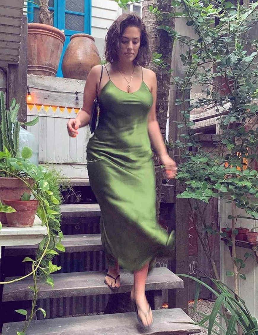 a-green-silk-dress