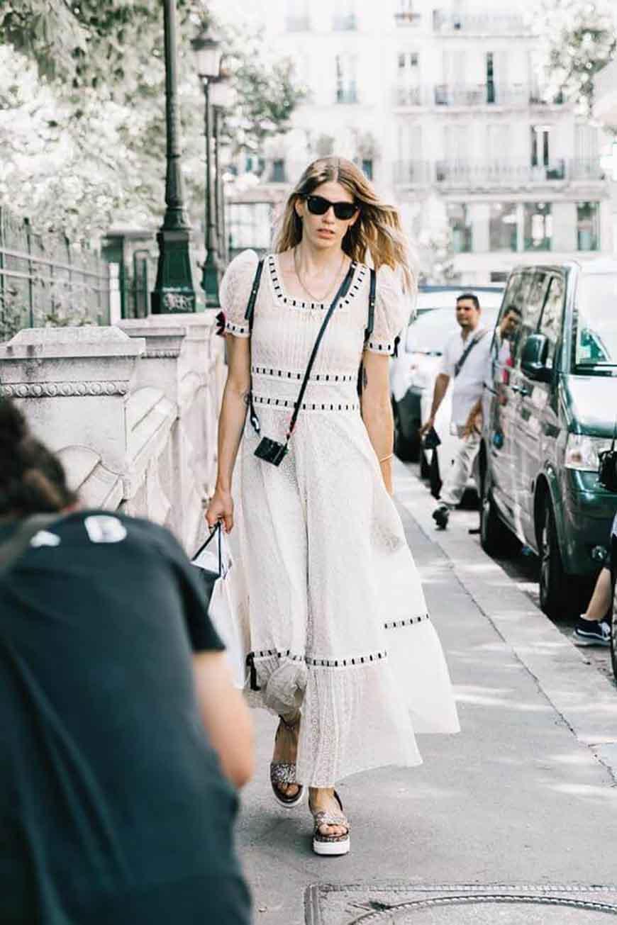 a-lace-dress
