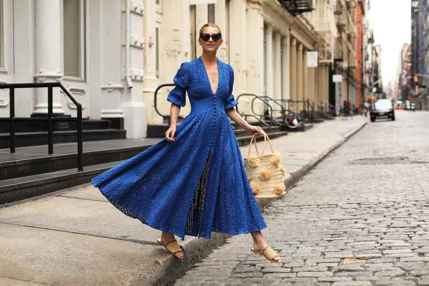 a-royal-blue-lace-dress