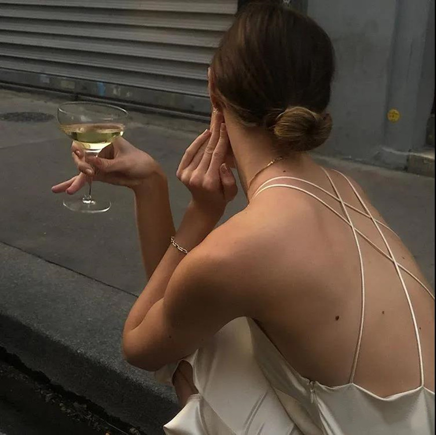 a-white-backless-dress