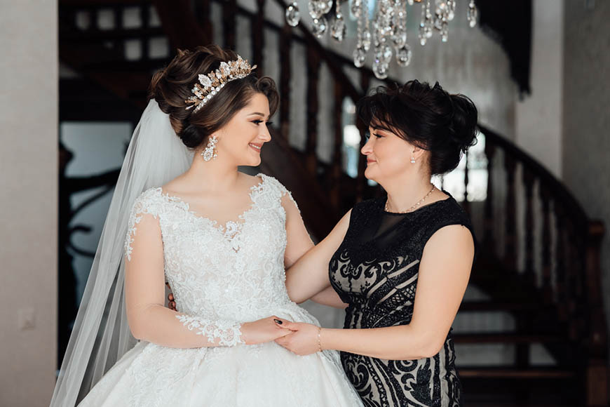 a-bride-and-her-mom