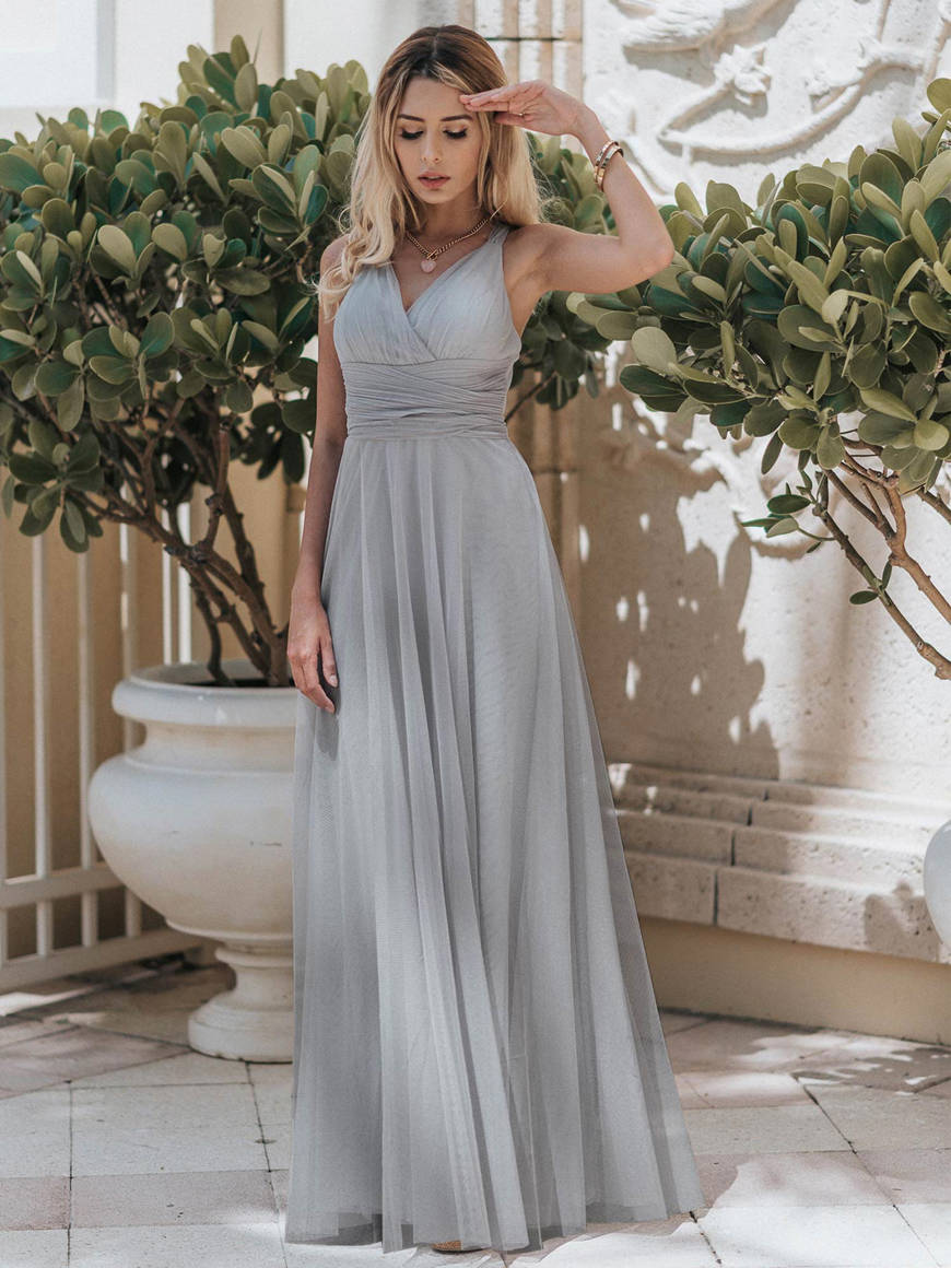 a-grey-dress