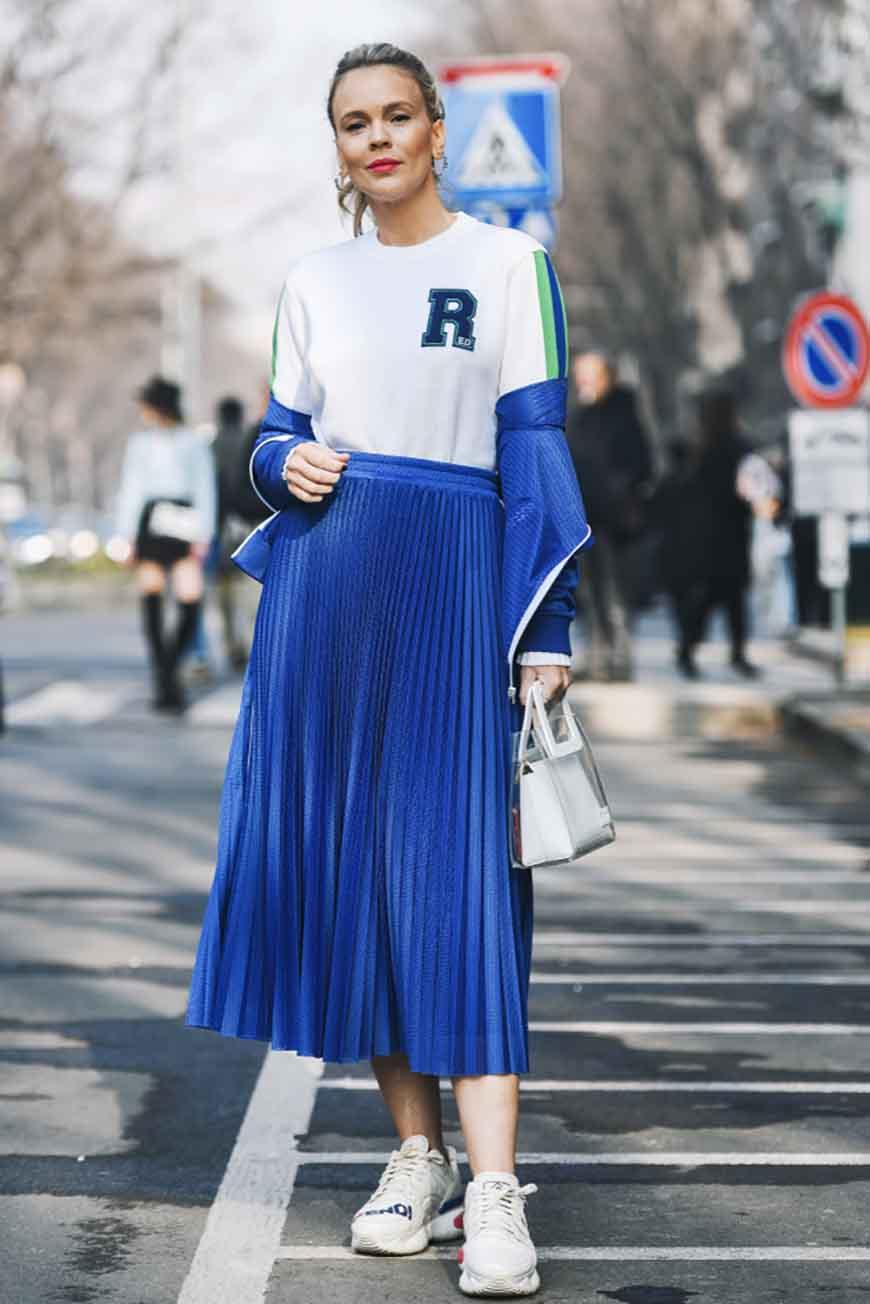 a-navy-blue-skirt
