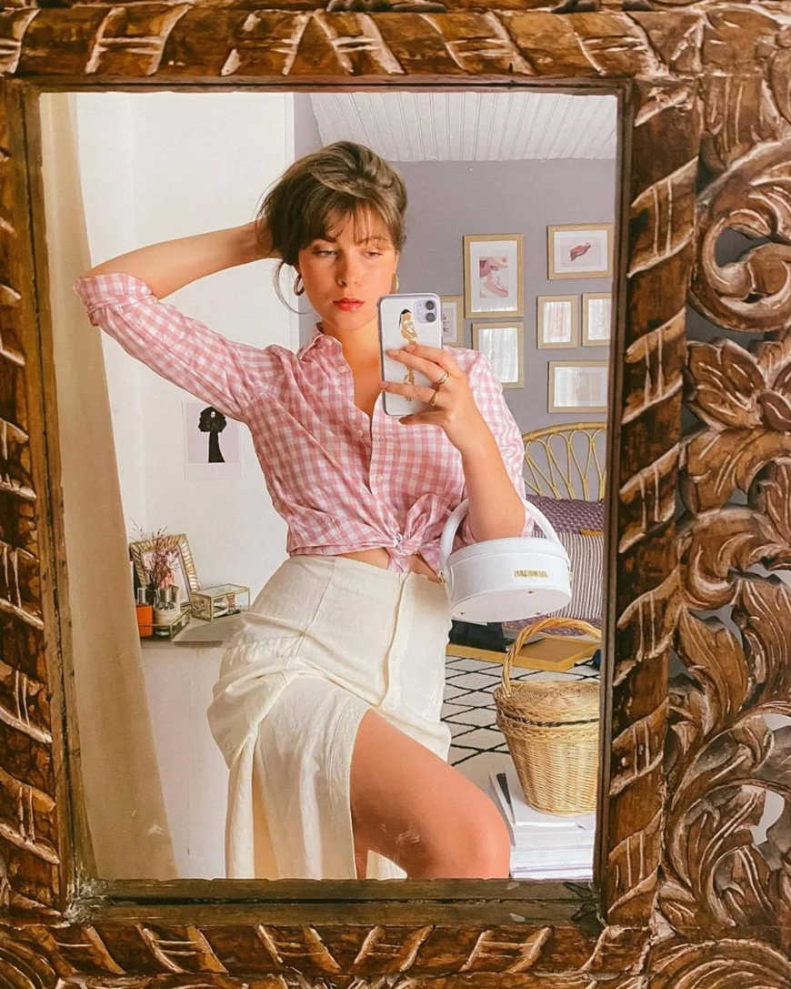 a-pink-check-blouse-with-a-knot