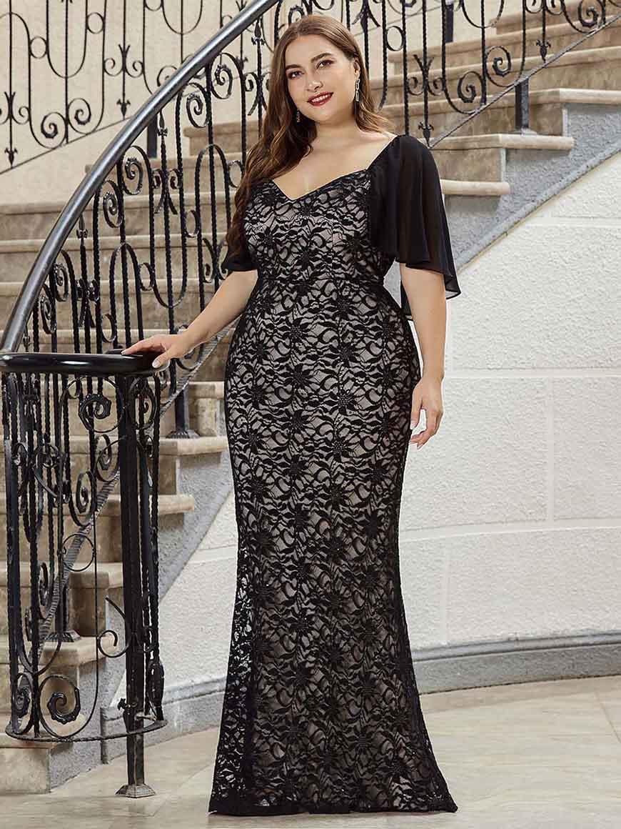 a-plus-size-black-dress