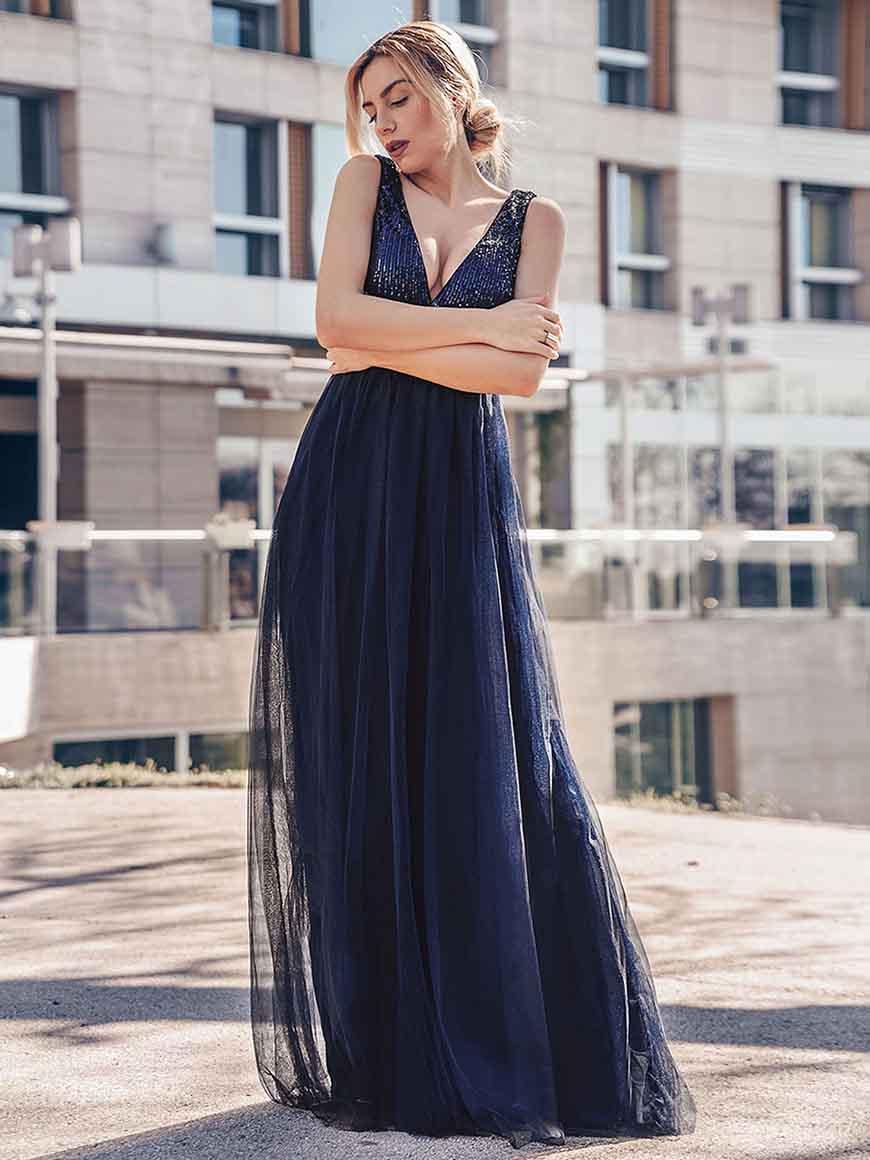 dragana-in-navy-blue-dress