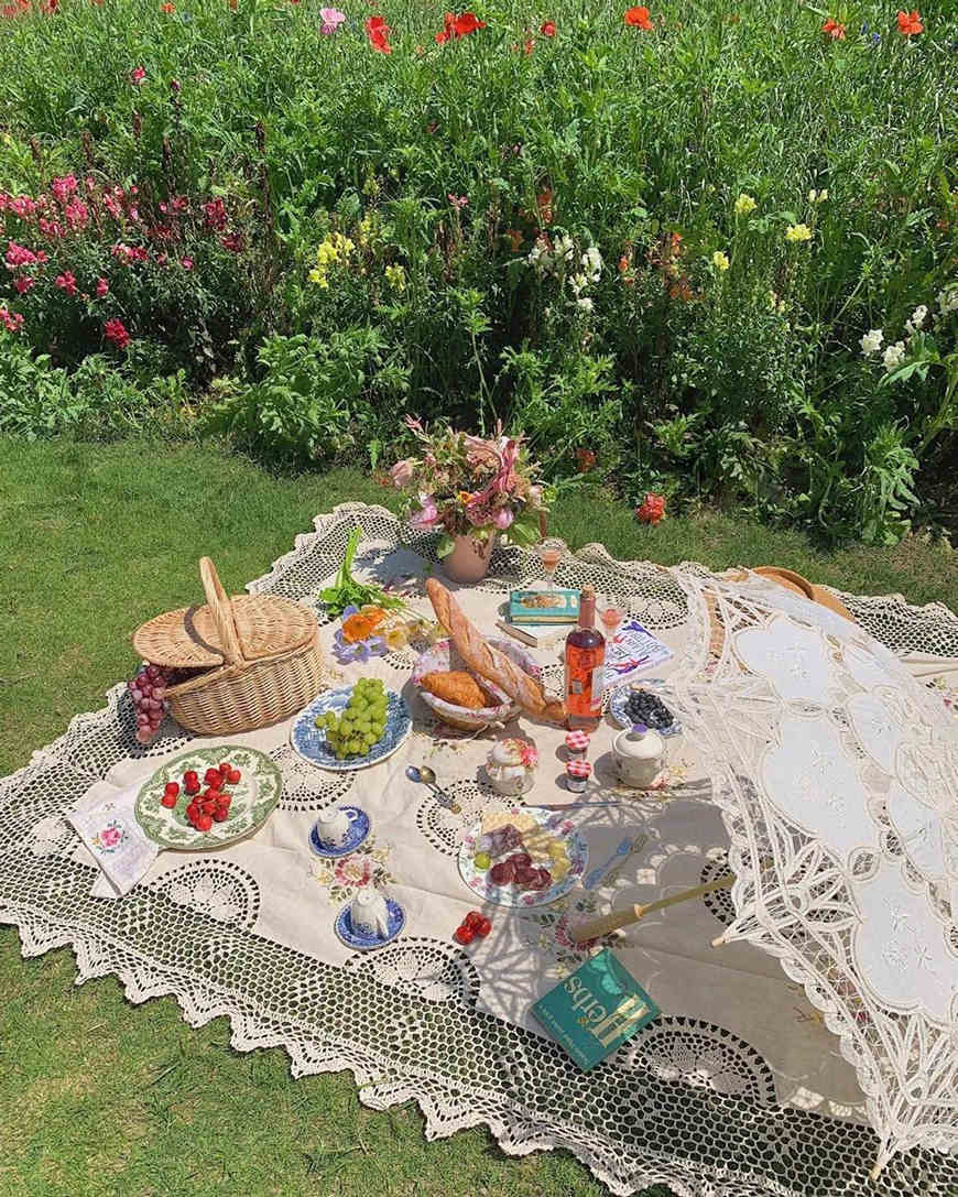 food-and-flowers-on-a-table-linen