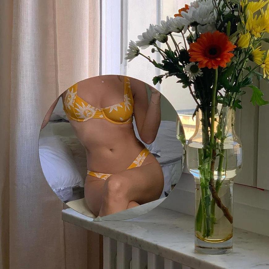 mirror-selfie-with-new-bikini