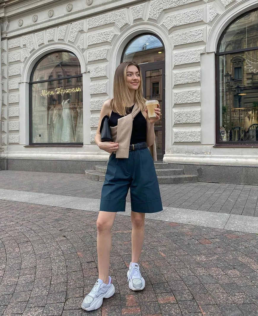 bermuda-shorts-and-chunky-sneakers