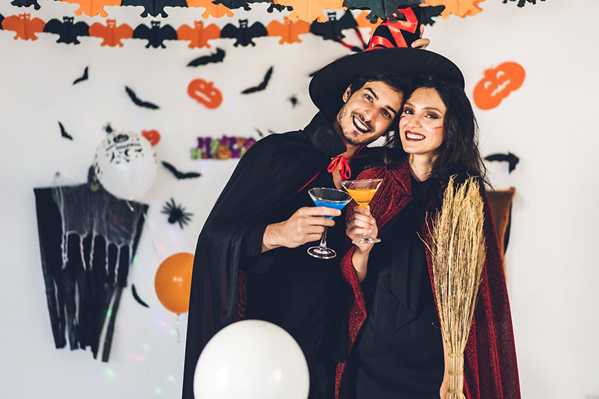 a-couple-in-halloween-costume