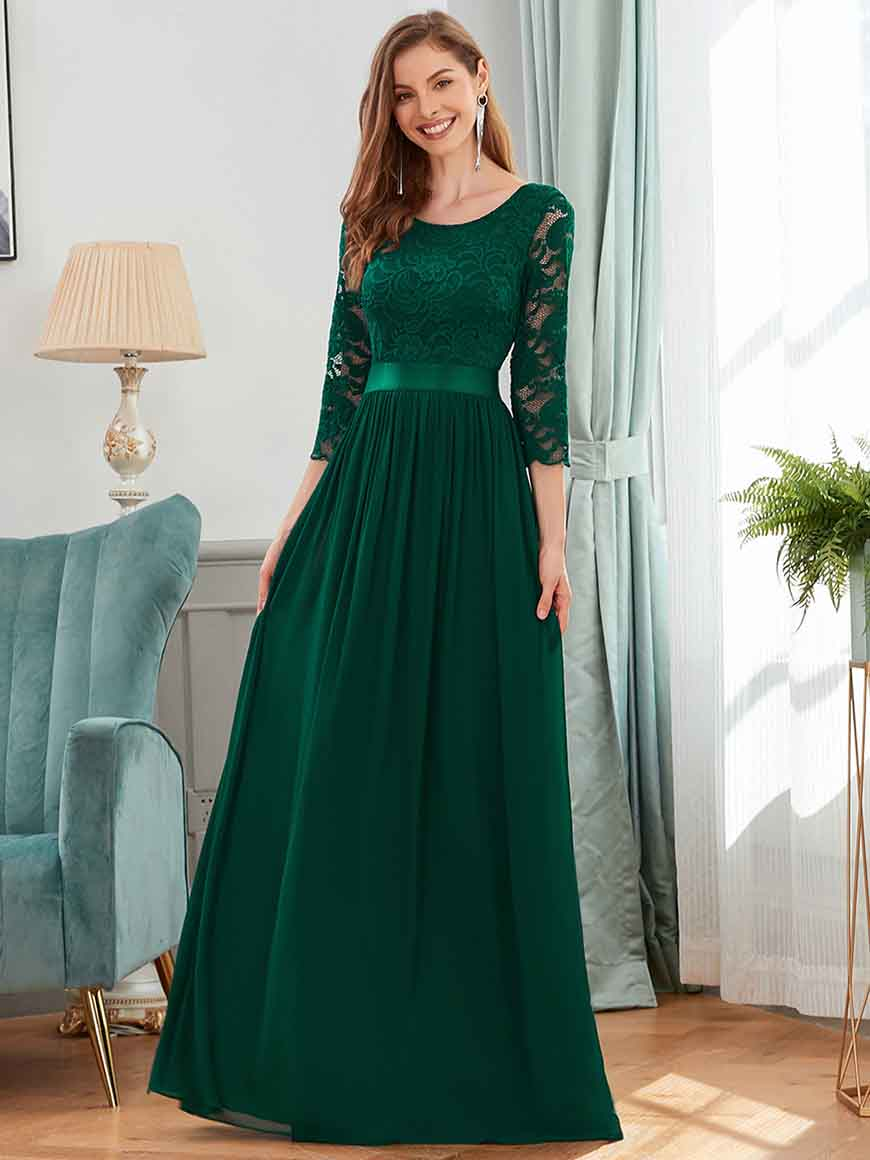 a-dark-green-bridesmaid-dress