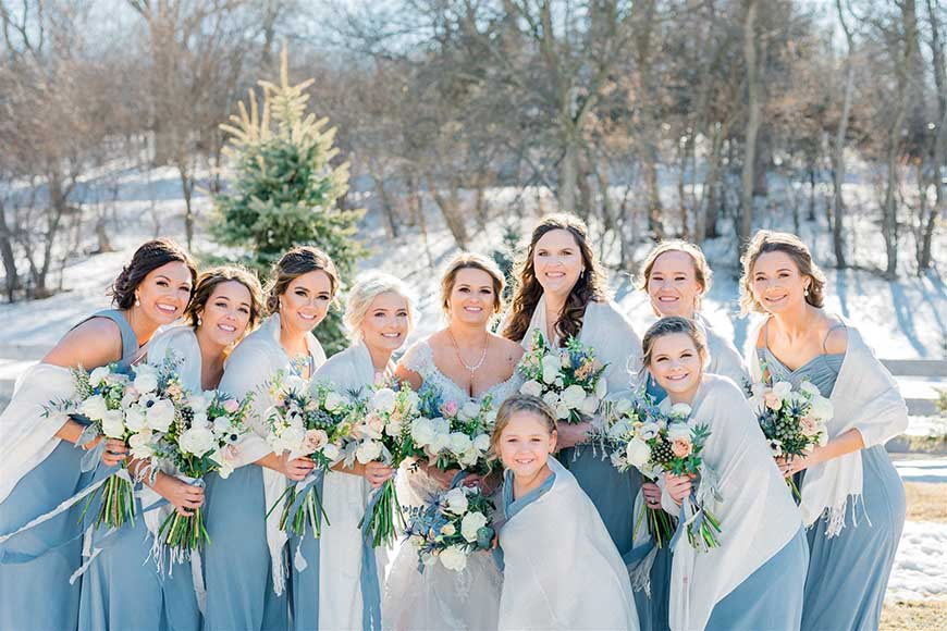 bridesmaids-wearing-the-blue-dresses