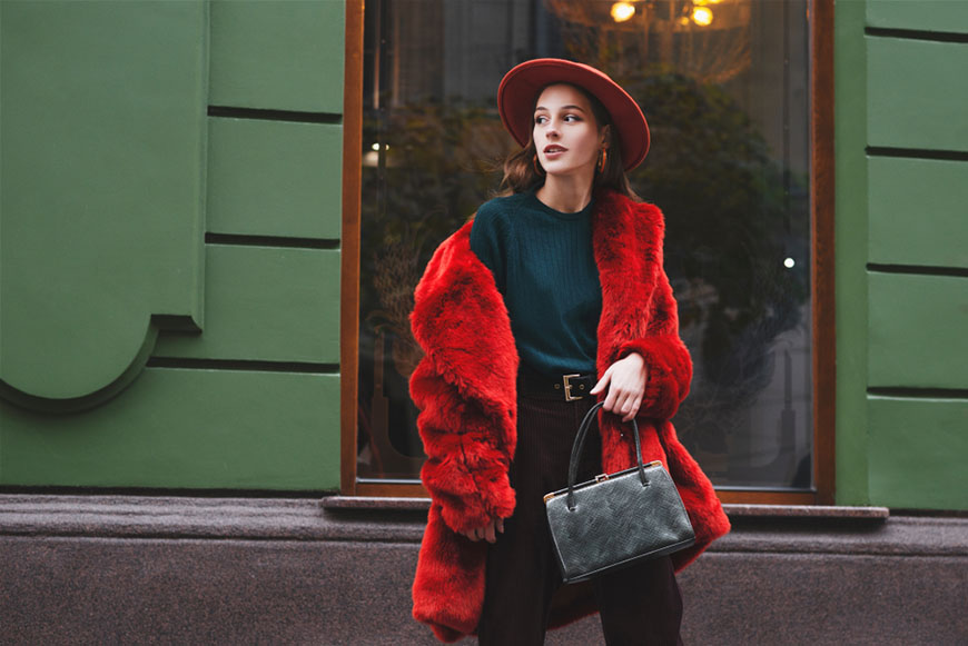 a-classic-and-colorful-Christmas-outfit
