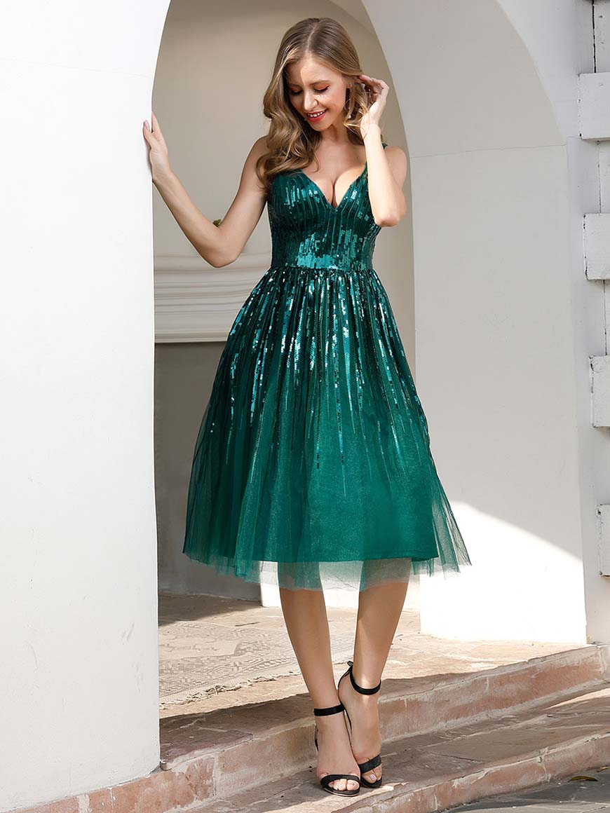 a-sexy-green-party-dress