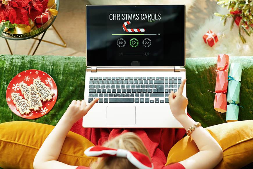 make-a-Christmas-holiday-playlist