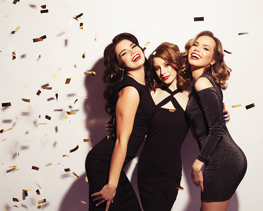 three-fashion-party-women