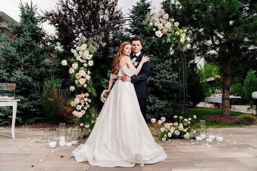 simple-weddding-dresses-2021